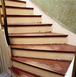 Alte Holztreppe renovieren